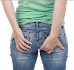 Вылезла шишка в заднем проходе и болит: что делать и как лечить?